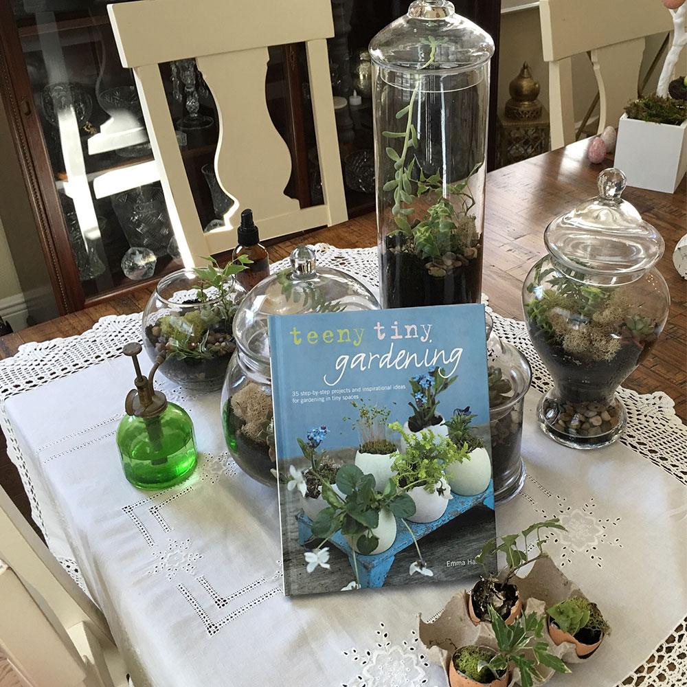 bookwithplants